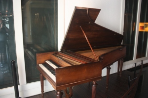 Nineteenth century harpsichord - didn't realize some had two keyboards.