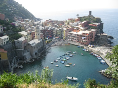 The harbour at Vernazza from above.