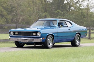 1970-plymouth-duster-coupe-front